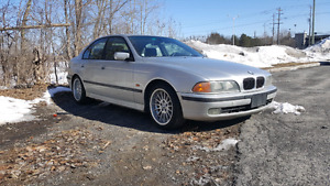 1999 BMW 540i 6 SPEED MANUAL. SAFETIED AND ETESTED. 220K.