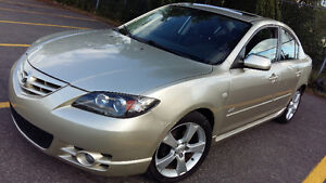 2004 Mazda3 GT - NO RUST! LOW KM -MOONROOF.. CLEAN