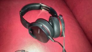 Casque d'écoute Sony extra basse MDR-XB950 (fil)