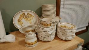 Vintage dishware set