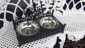 Cast iron dog bowl holder