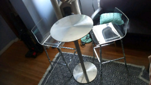 Clear Stools and aluminum table