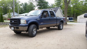 2006 Ford F-250 Lariat FX4 **MUST SELL**