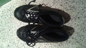 Cleats Size 4