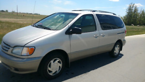 """FOR SALE""  2002 Toyota Sienna"