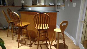 4 turning wooden bar stools + 1 without moving wooden bar stool