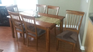 Soild wood dining table with 6 chairs
