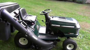 CRAFTSMAN LAWNTRACTOR WITH BAGGER