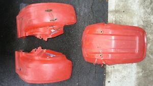 Ailes d'origines pour ATC Honda Big Red 200.