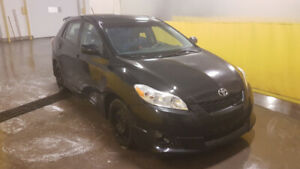 2009 Toyota Matrix XR Loaded with Options!