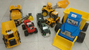 (38) Dump Trucks, Tractor Trailers– Starting from ONLY 5$