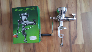 Manual Juicer great for wheat & greens - stainless steel