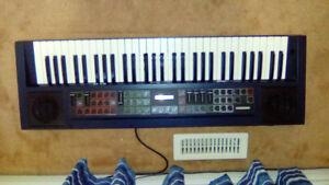 WX 42 Wurlitzer electric piano in perfect condition,