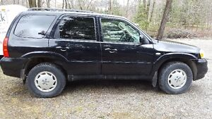 2005 Mazda Tribute GX SUV, Crossover