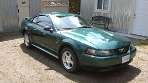 Low K 2003 Ford Mustang Coupe (2 door)