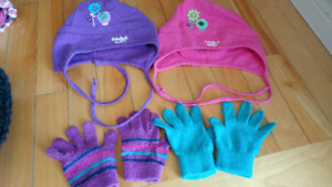 Girls fall hats and gloves (size 3-5)