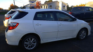 Special pricing today only 2010 Toyota matrix-financing availabl