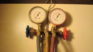 Air conditioner gauges