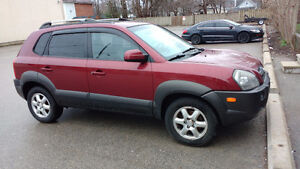 2005 Hyundai Tucson SUV-great deal