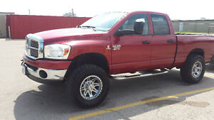 2007.5 DODGE RAM 2500 4X4 4DOOR DIESEL
