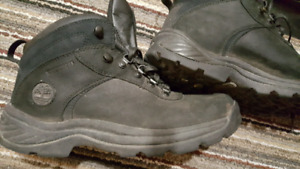 BOTTES TIMBERLAND HIVER HOMMES SIZE 8