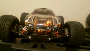Traxxas Rustler 2wd racing chassis