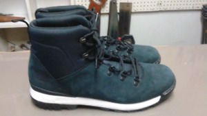 Men's new Adidas Winter Boot Size 12