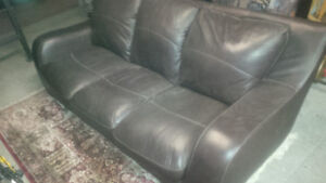 Couch! Bonded leather! (Retail value $1000! Asking for $125!)