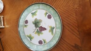 Beautiful vintage Art Deco English pottery oval plate by Wood & West Island Greater Montréal image 2