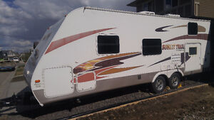 26' Travel Trailer - RV for rent; towable with 1/2 ton. Sleeps 7
