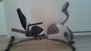 Exercise bike/bicycle d exercise