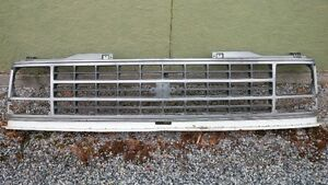 1992 OR SO GMC TRUCK FRONT END GRILL Prince George British Columbia image 1