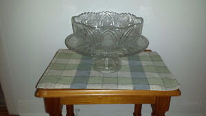 pinwheel crystal cake stand. West Island Greater Montréal image 1