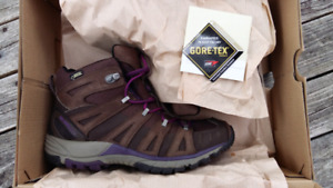 Ladies Merrell Gortex Hiking Boots