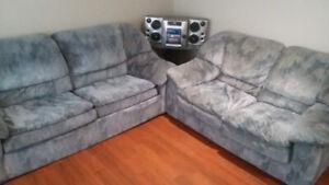 (2 items) Sofa/futon + Loveseat