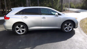2009 Toyota Venza - V6, AWD, Leather,PanoRoof,JBL Premium Stereo