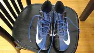 Soulier de football Nike grandeur 8