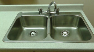 Kitchen Sink and Faucet like new barely used with counter top