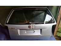 VW Passat B5 Estate 2001-2004 tailgate lightly damaged!