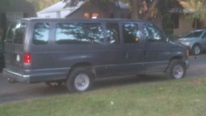 1995 Ford Club Wagon Super 350