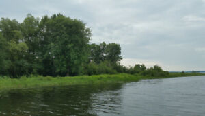 JUST ADD A BOAT!   3.8 ACRES OF WATERFRONT FOR DOCKAGE