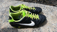 Soccer Shoes: Nike Size 8. Need to be gone ASAP.