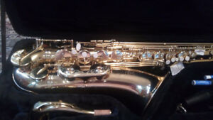 Roy Benson Tenor Saxophone Great Condition TS101