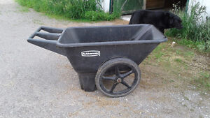 Rubbermaid Wheelbarrows