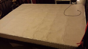 queen size boxspring