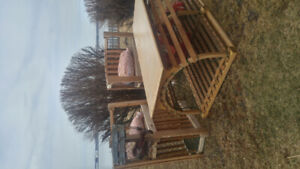 Lobster trap coffe table with 2 end chairs, carpenter speciality