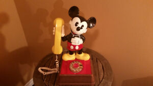 Vintage 1970's Mickey Mouse Gold Rotary Dial Telephone
