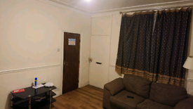 Room to let just off Dewsbury rd
