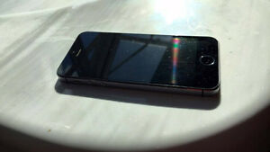 iPhone 5S 32GB space Grey, Locked to Bell, 7/10 Peterborough Peterborough Area image 5