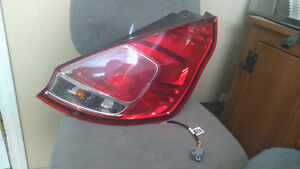 ford fiesta 2014 2015 2016 tail light D/R